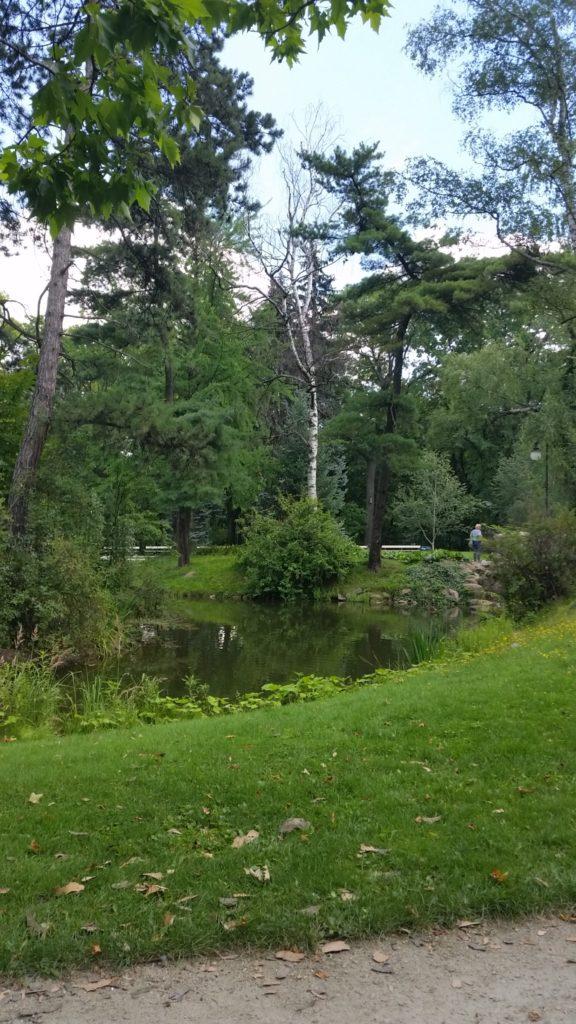 Парк Уяздовский,красивый,чистый,спокойный-2