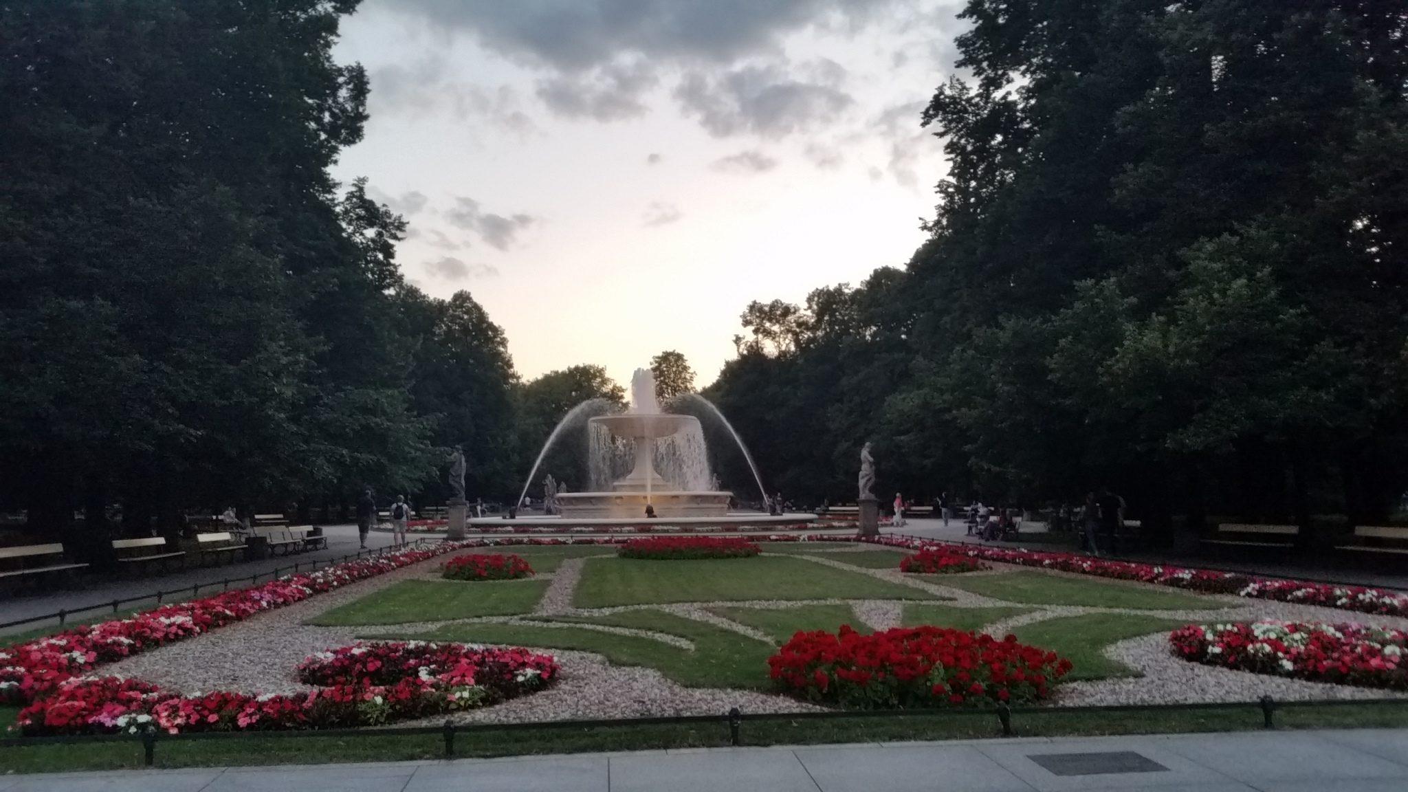 Spacer po Warszawie od fontanna do fontanny
