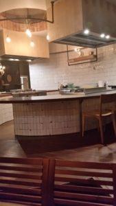 Restaurant THAI ME UP znajduje się w Warszaiwe przy ulicy Foksal,budowa 16.