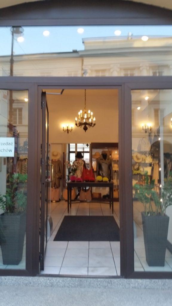 5 oryginalnych sklepów w centrum Warszawy-5