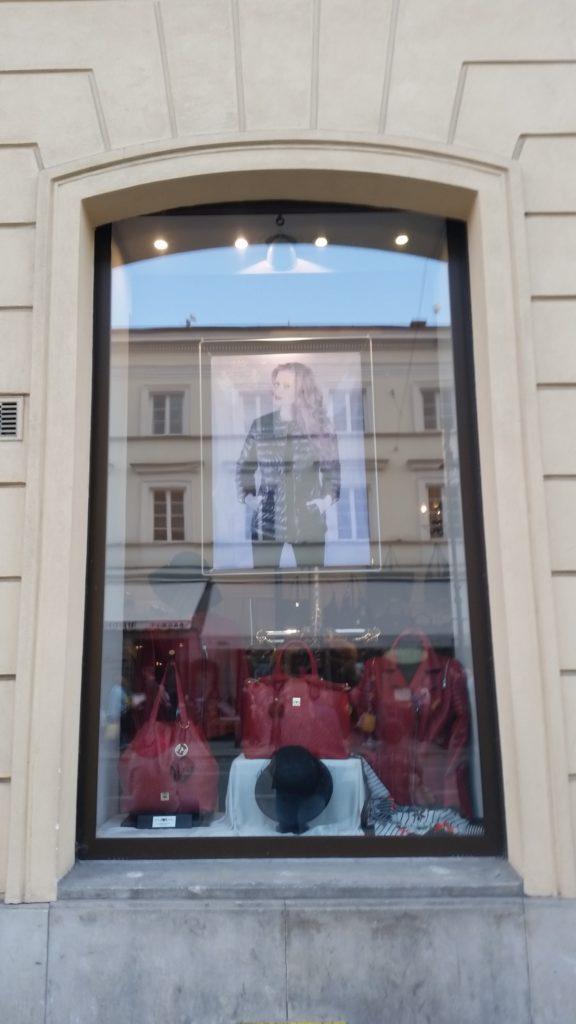 5 oryginalnych sklepów w centrum Warszawy-9
