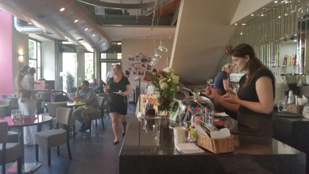 Batida 8 kafe w Warszawie-1